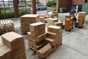 The Pauling Catalogue arrives at the Valley Library. Photo courtesy of Eric Arnold.