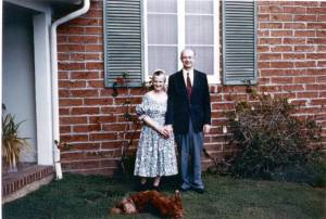 Ava Helen and Linus Pauling at home, 1957.