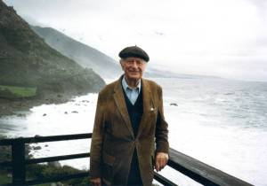 Linus Pauling on his deck at Deer Flat Ranch, Big Sur, California, 1987.