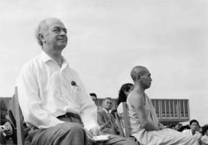 Linus Pauling in Hiroshima, Japan, August 6, 1959.