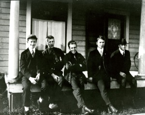 Pauling and friends, freshman year at O.A.C., ca. 1917.