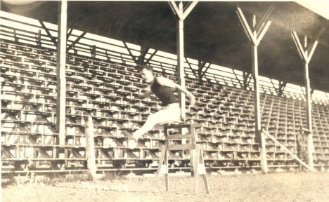 Pauling at track practice, Bell Field, Oregon Agricultural College. 1917.