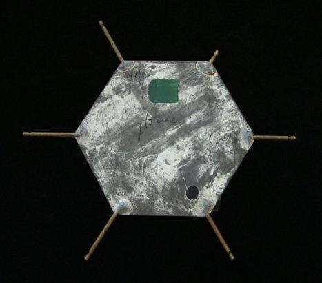 dnamodel-piece-600w