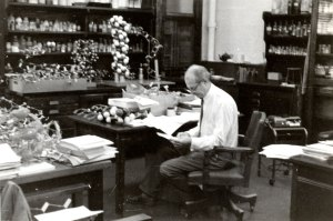 Linus Pauling in his office, Crellin Labs, 1955.