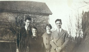Linus and Ava Helen with Pauline Pauling and Wallace Stockton, Pauline's first husband. 1922.