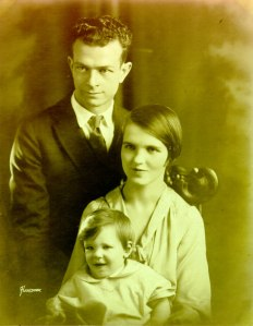 Pauling family portrait, 1926.