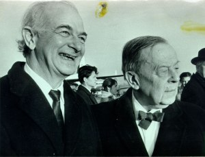 Pauling and Gunnar Jahn, ca. 1963.