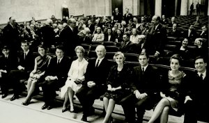 The Pauling family anticipating Linus Pauling's Nobel lecture, December 11, 1963. (Photo credit: Aftenposten)