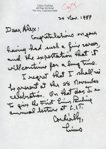 Congratulatory note from Pauling to Zaffaroni on the occasion of Zaffaroni being honored by the Weizmann Institute of Science, November 1989.