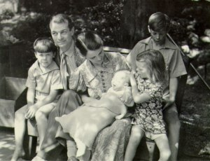 The Pauling family, summer 1937.