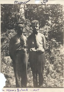Mervyn and Linus at Kiger Island, 1918.