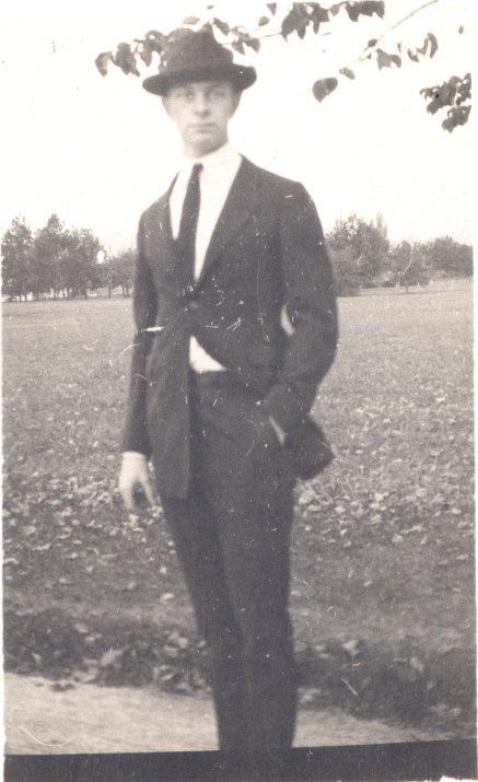 1917i.25