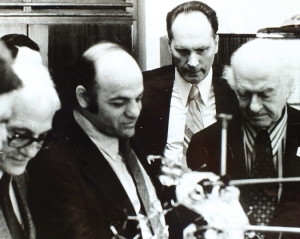 Alexander Rich with Linus Pauling, among others, at a scientific meeting in the Soviet Union.  Image Source: Alexander Rich Collection.