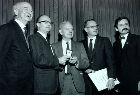 1969i.17